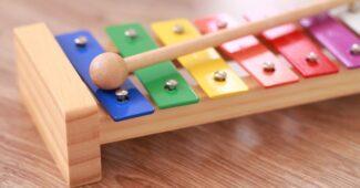 Instrument éveil musical chez l'enfant